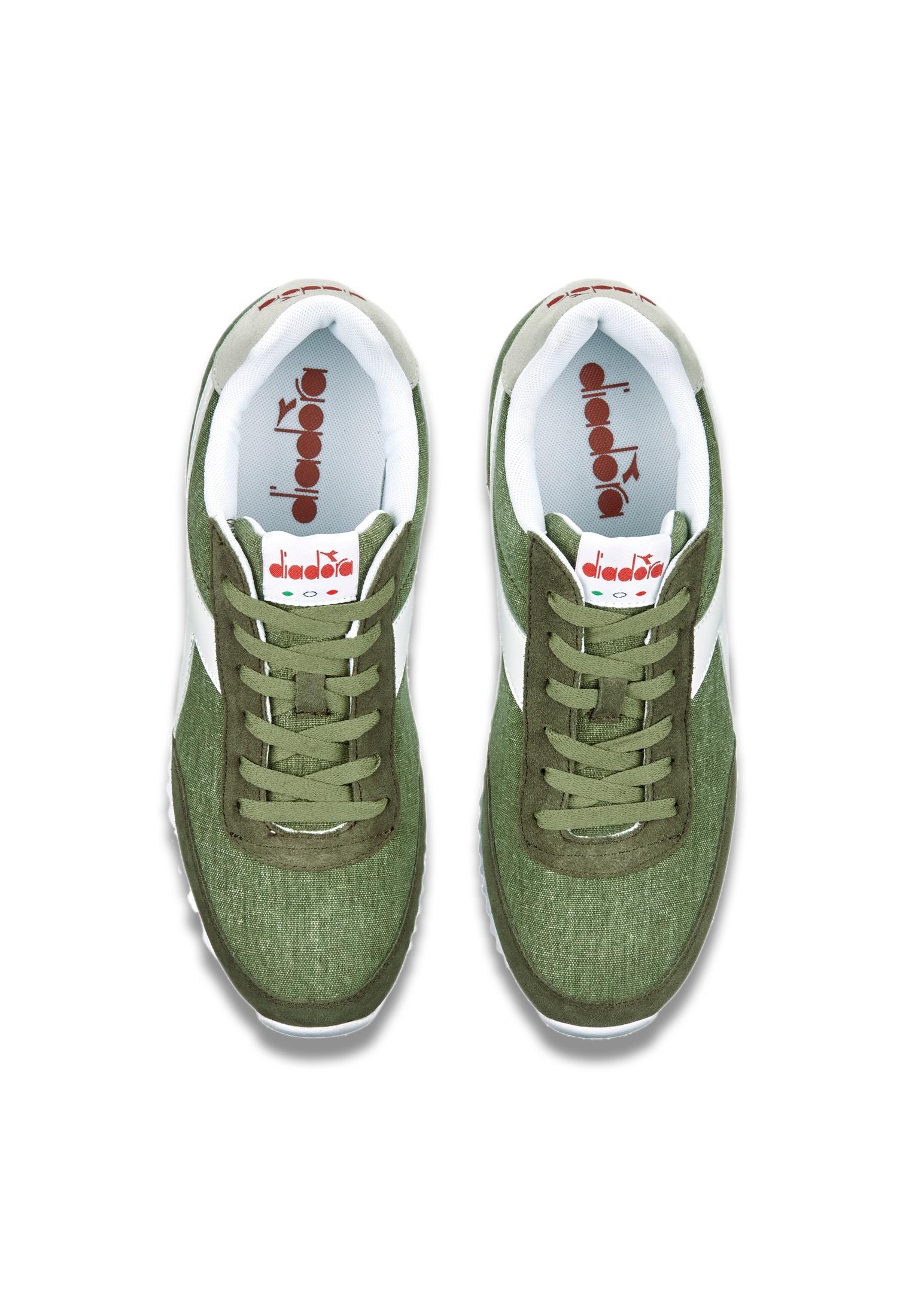 Scarpe-Diadora-Jog-Light-C-Sneakers-sportive-uomo-donna-vari-colori-e-taglie miniatura 46
